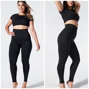 BLANQI M Postpartum and nursing support leggings